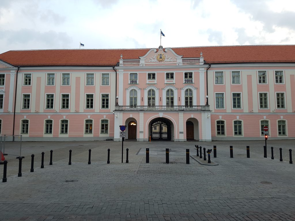 Geocaching in Estland - Tallinn 5 parlament