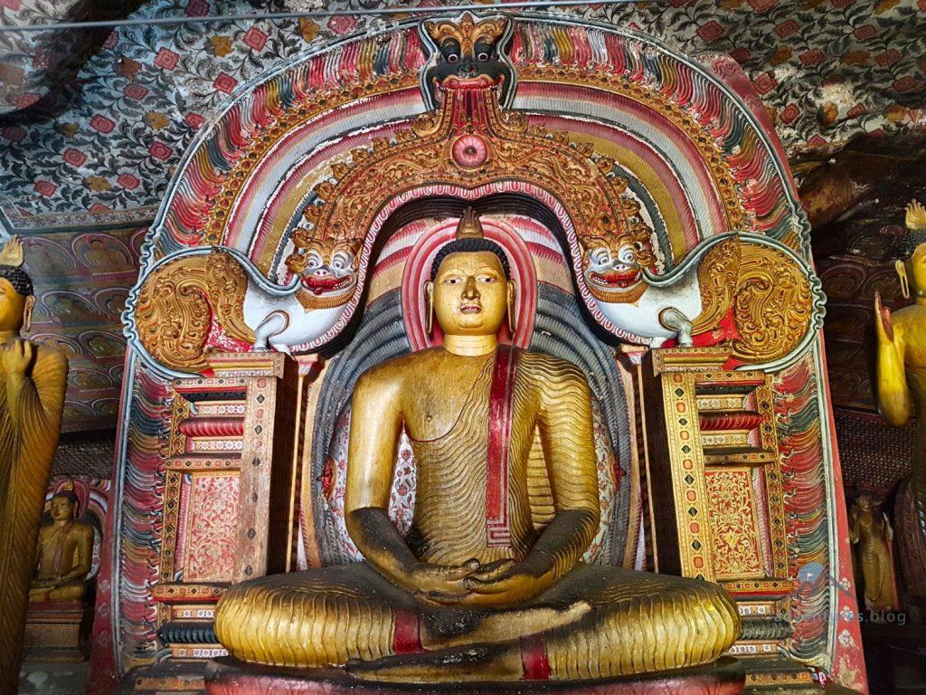 Buddha Höhlentempel Dambulla Geocaching