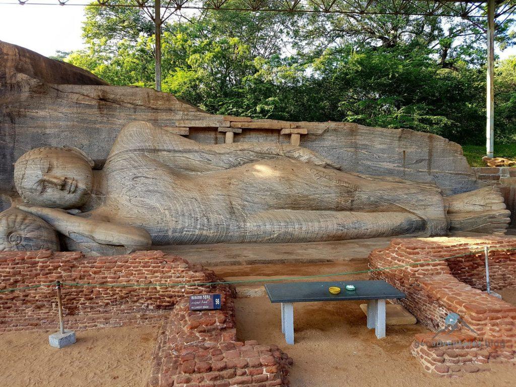 Geocaching Sri Lanka Gal Vihara