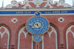Riga Schwarzhäupterhaus Uhr