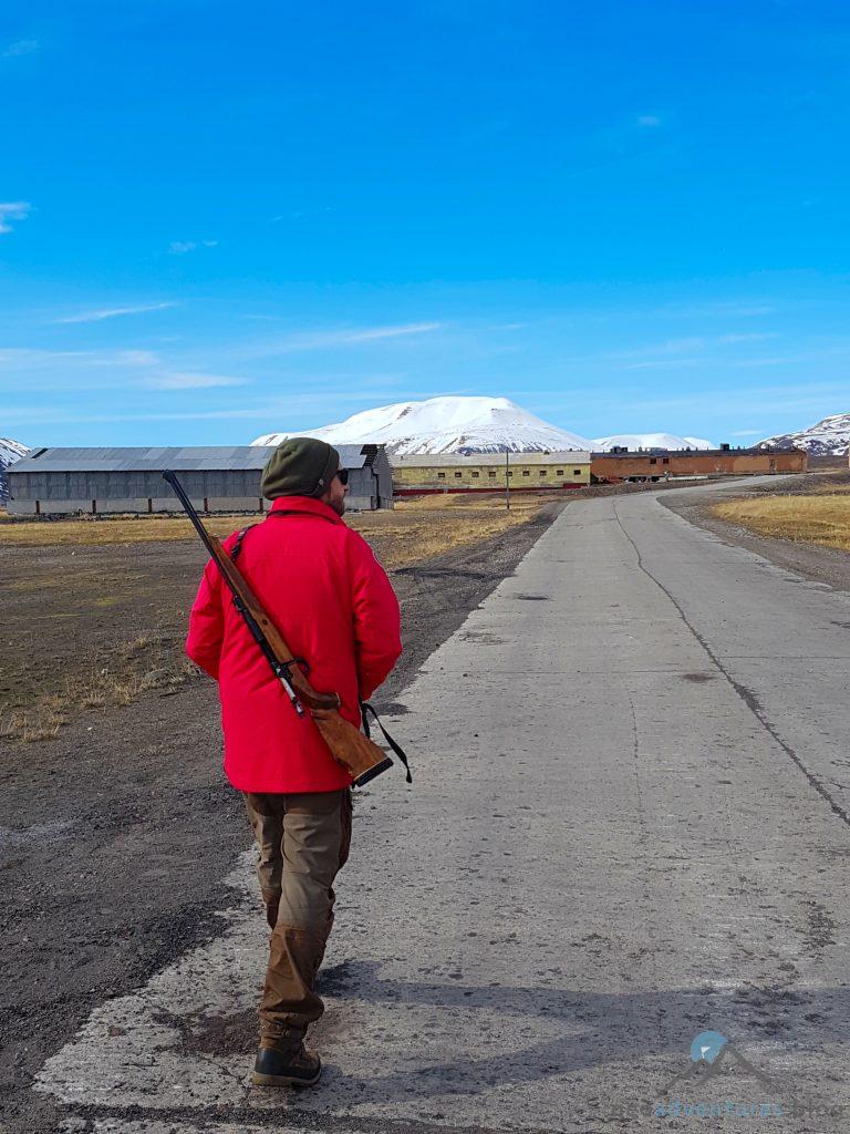 Pyramiden Spitzbergen Guide