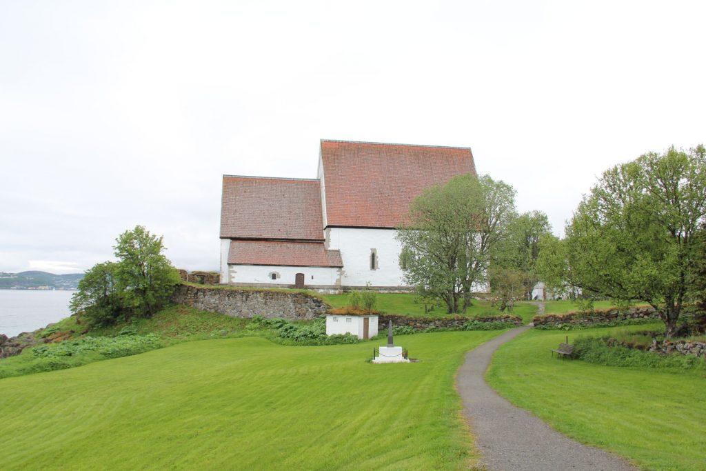 Die weiße Kirche von Trondenes