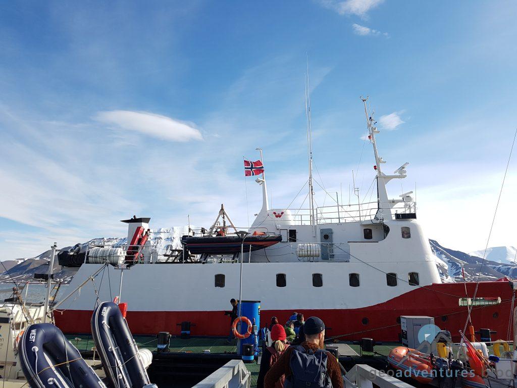 Geocaching auf Spitzbergen - Polar Girl