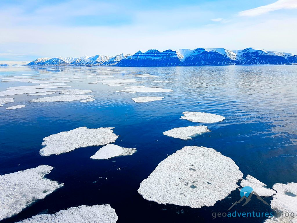Geocaching auf Spitzbergen - Polar Girl, Eisberge, Earthcache II