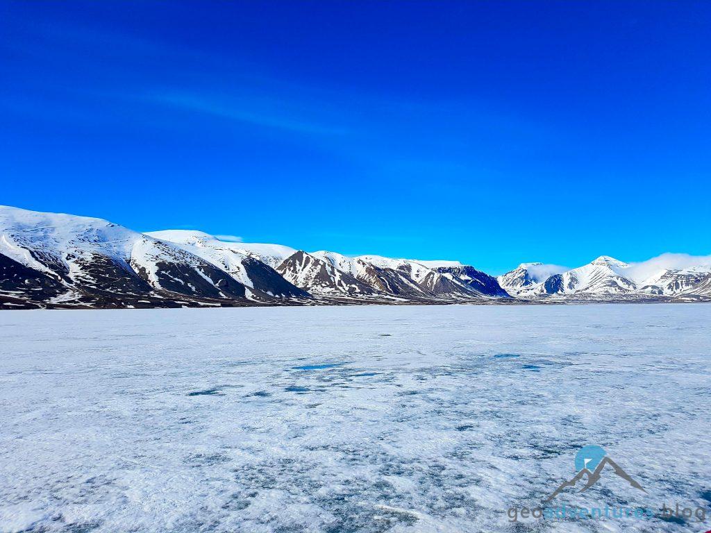 Geocaching auf Spitzbergen - Polar Girl, Eisberge, Earthcache VI