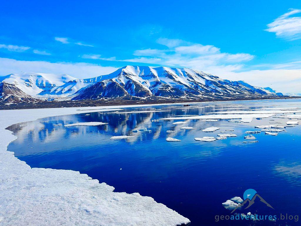 Geocaching auf Spitzbergen - Polar Girl, Eisberge, Earthcache