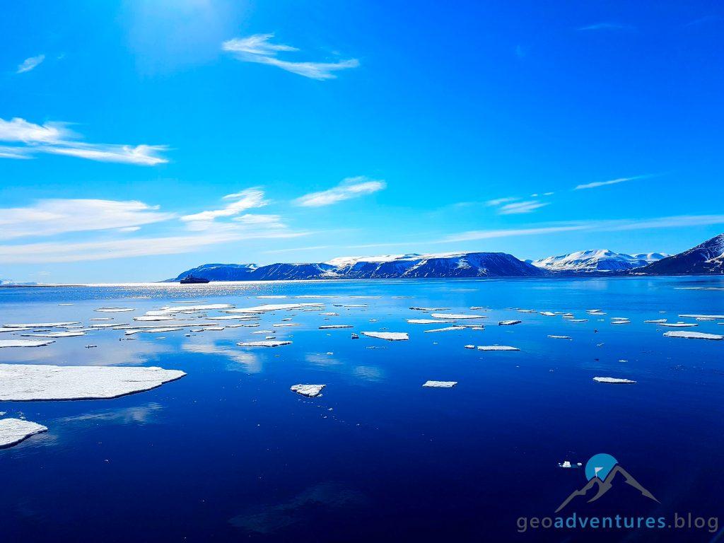 Geocaching auf Spitzbergen - Polar Girl, Eisberge, Earthcache VIII